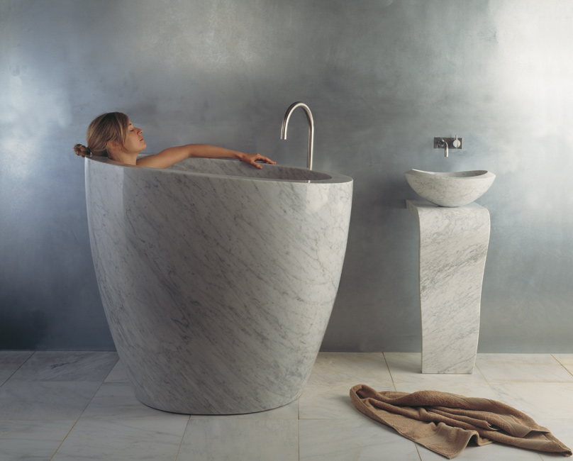 Styleture notable designs functional living spacesthe best bathtub materials styleture - Vasche da bagno mini ...